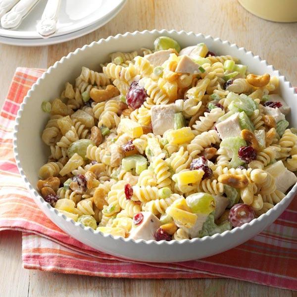 Chicken Grape and Cashew Rotini Salad